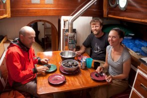 Eating mussels after a nice sail with Angelo & Justin of North River Kayaks.