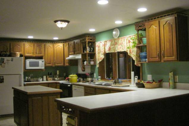 Large fully equiped kitchen